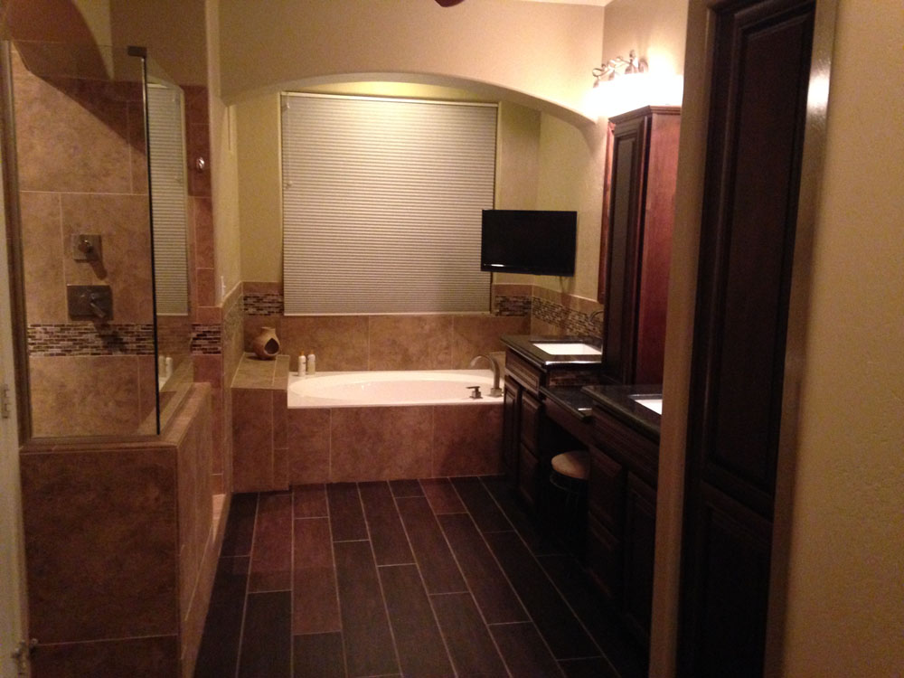 Bathroom remodeling phoenix contractors allure bath for Bathroom contractors